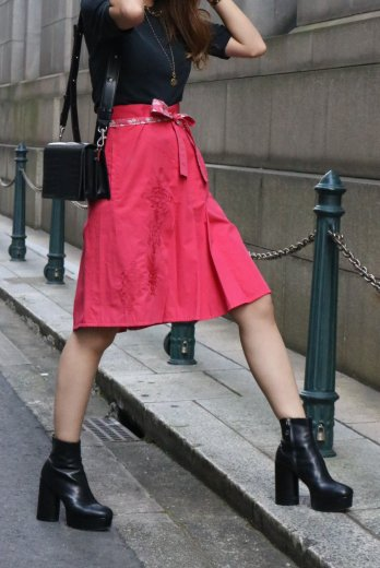 【vintage】KENZO / front embroidery box pleats skirt