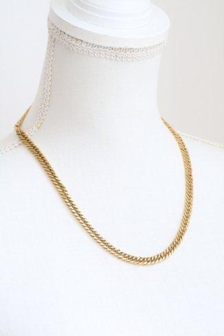 curve chain necklace