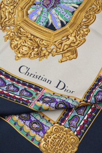 <img class='new_mark_img1' src='https://img.shop-pro.jp/img/new/icons14.gif' style='border:none;display:inline;margin:0px;padding:0px;width:auto;' />【vintage】Christian Dior / square silk scarf