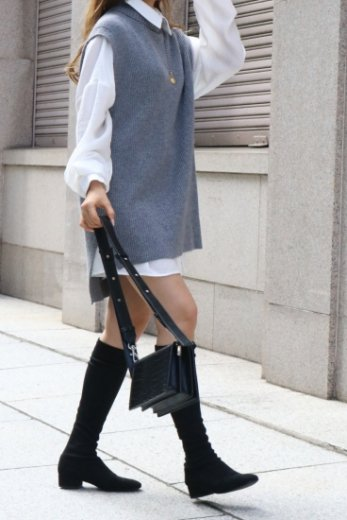 <img class='new_mark_img1' src='https://img.shop-pro.jp/img/new/icons14.gif' style='border:none;display:inline;margin:0px;padding:0px;width:auto;' />turtle neck fishtail long knit vest / gray