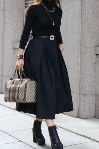 high waist double tuck volume flare skirt / black