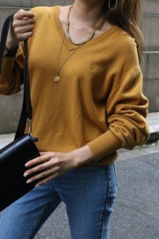 "【vintage】Christian Dior/ ""Dior"" embroidery  V neck knit tops"