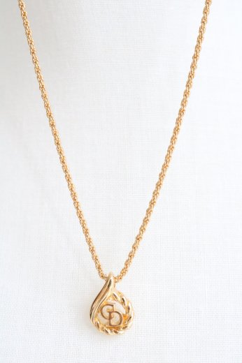 <img class='new_mark_img1' src='https://img.shop-pro.jp/img/new/icons14.gif' style='border:none;display:inline;margin:0px;padding:0px;width:auto;' />【vintage】Christian Dior / CD logo rope motif necklace