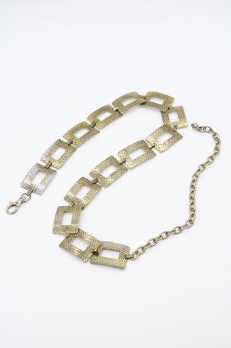 <img class='new_mark_img1' src='https://img.shop-pro.jp/img/new/icons14.gif' style='border:none;display:inline;margin:0px;padding:0px;width:auto;' />【vintage】80's square chain brass belt
