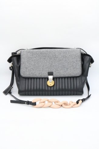 <img class='new_mark_img1' src='https://img.shop-pro.jp/img/new/icons14.gif' style='border:none;display:inline;margin:0px;padding:0px;width:auto;' />【vintage】KENZO / felt combi leather flap shoulder bag
