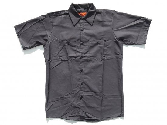 <img class='new_mark_img1' src='https://img.shop-pro.jp/img/new/icons53.gif' style='border:none;display:inline;margin:0px;padding:0px;width:auto;' />RED KAP  SHORT  SLEEVE  INDUSTRIAL  WORK SHIRT レッドキャップ  半袖ワークシャツ  SP24  CHARCOAL チャコール