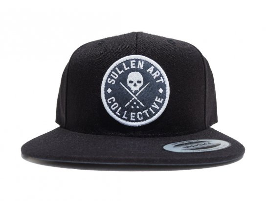 <img class='new_mark_img1' src='https://img.shop-pro.jp/img/new/icons15.gif' style='border:none;display:inline;margin:0px;padding:0px;width:auto;' />SULLEN CLOTHING EVER BADGE SNAPBACK BLACK