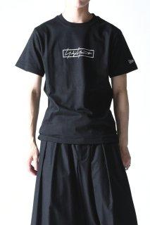 Yohji Yamamoto× NEW ERA ボックスロゴプリントT black