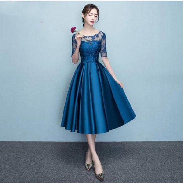 20代 上品で大人可愛いサテン地ひざ丈ドレス 大きいサイズ