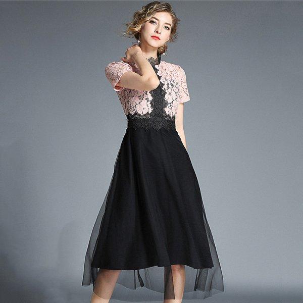バイカラーの刺繍レースがエレガントなオトナ可愛いひざ丈チュールパーティードレス