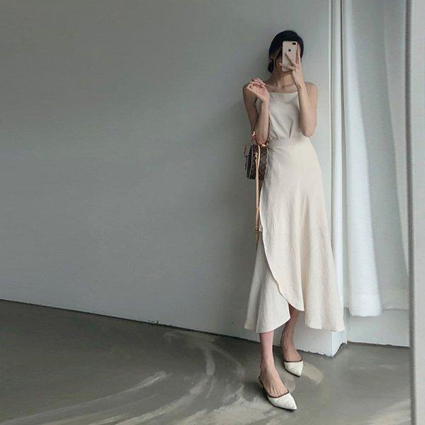 シンプルだけど女性らしい美シルエットが叶う キャミソール×ラップロングスカートセットアップ