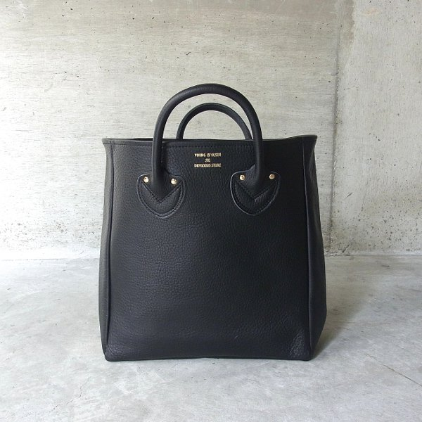 YOUNG & OLSEN The DRYGOODS STORE | EMBOSSED LEATHER TOTE M(BLACK)
