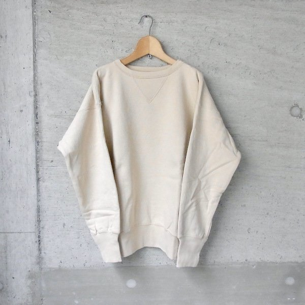 YOUNG & OLSEN The DRYGOODS STORE | LOOP WHEELED FRONT V SWEAT(SMOKE BEIGE)