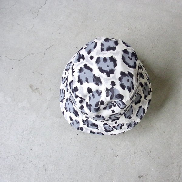 YOUNG & OLSEN The DRYGOODS STORE | LEOPARD BUCKET HAT(MONO LEO)