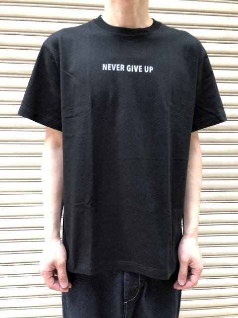 Never Give Up PT Short Sleeve T SHIRTS