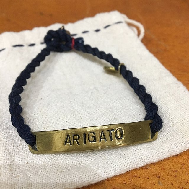 <img class='new_mark_img1' src='https://img.shop-pro.jp/img/new/icons61.gif' style='border:none;display:inline;margin:0px;padding:0px;width:auto;' />ARIGATO Wristband