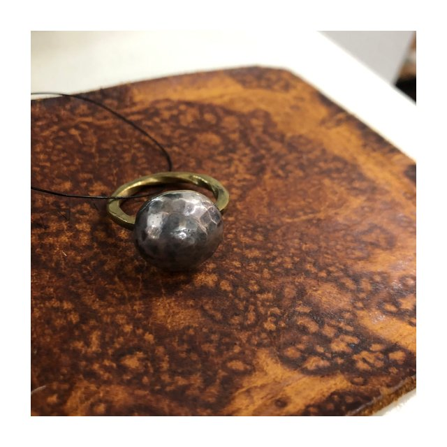 <img class='new_mark_img1' src='https://img.shop-pro.jp/img/new/icons61.gif' style='border:none;display:inline;margin:0px;padding:0px;width:auto;' />Silver Dome Ring