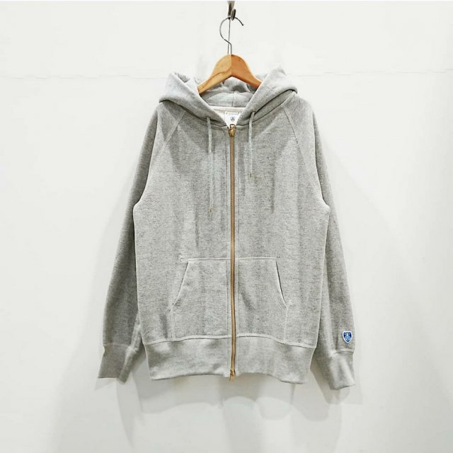 <img class='new_mark_img1' src='https://img.shop-pro.jp/img/new/icons61.gif' style='border:none;display:inline;margin:0px;padding:0px;width:auto;' />FRENCH TERRY ZIP PARKA