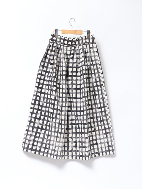 <img class='new_mark_img1' src='https://img.shop-pro.jp/img/new/icons61.gif' style='border:none;display:inline;margin:0px;padding:0px;width:auto;' />waist gather tuck skirt