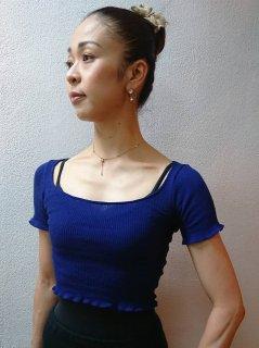 コットン薄手トップス(丸首・半袖・丈短)