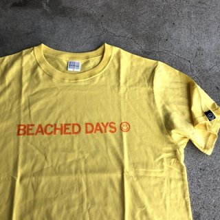 <img class='new_mark_img1' src='https://img.shop-pro.jp/img/new/icons14.gif' style='border:none;display:inline;margin:0px;padding:0px;width:auto;' />BEACHED DAYS ビーチドデイズ BEACHED DAYS Tシャツ