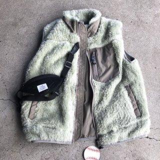 <img class='new_mark_img1' src='https://img.shop-pro.jp/img/new/icons50.gif' style='border:none;display:inline;margin:0px;padding:0px;width:auto;' />THE PARK SHOP trekboy vest mint