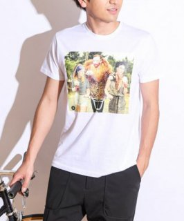 【FAKING/フェイキング】パロディアートTシャツ(ホワイト:セレブリティ)