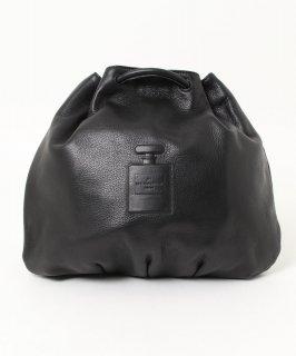 【IO PELLE/ イオペレ】レザー巾着リュック(BLACK)