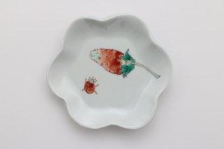 苺と天道虫の小皿
