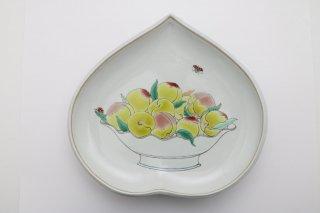 桃の扁形皿
