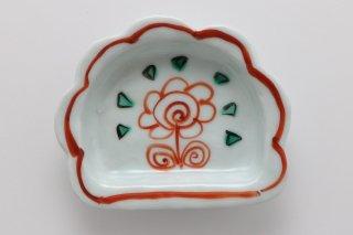 半菊型小皿 赤絵