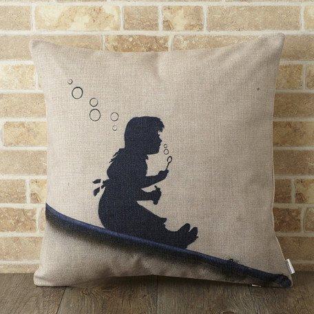 【 Jubilee London x Banksy 】Cushion -Slope girl BANKSY-