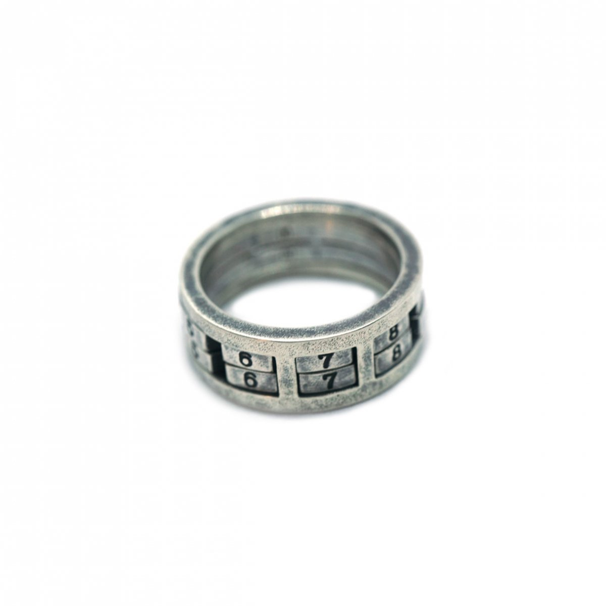 【 VARDE77 x THEFT 】NUMBER ROCK RING 2 SILVER
