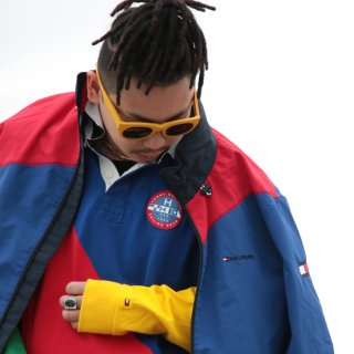 TOMMY HILFIGER(トミーヒルフィガー)カラーブロック ナイロン ジャケット<br>TOMMY HILFIGER COLOR BLOCK NYLON JACKET