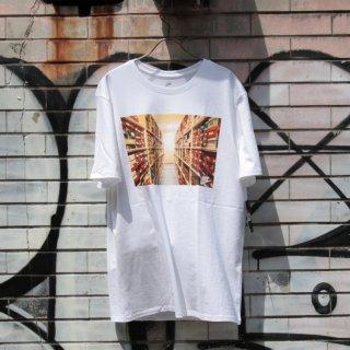 NIKE(ナイキ) スポーツ ウエアー オリジナル ロゴ デザイン 半袖 Tシャツ<br>NIKE SPORTSWEAR ORIGINAL LOGO DESIGN S/S TEE