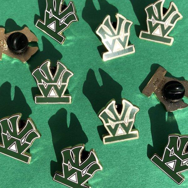 W NYC(ダブルエヌワイシー) ヘリテイジロゴ ピンズ ピンバッチ<br>W NYC HERITAGE LOGO PINS