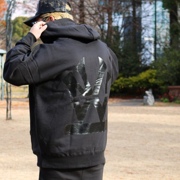 W NYC HERITAGE LOGO ONE TONE PULLOVER HOODIE