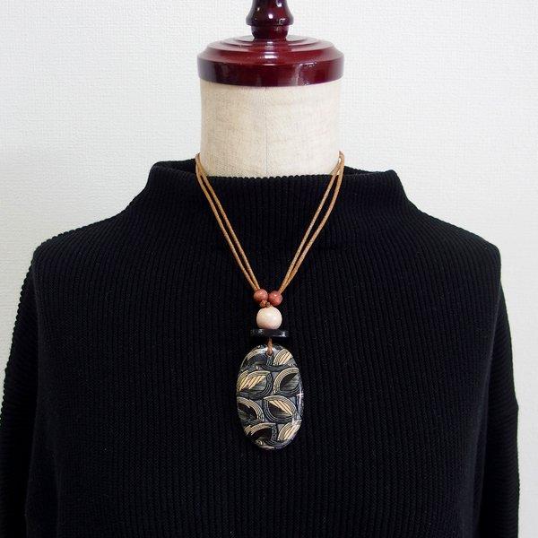 アフリカンプリント ウッドトップネックレス ブラック