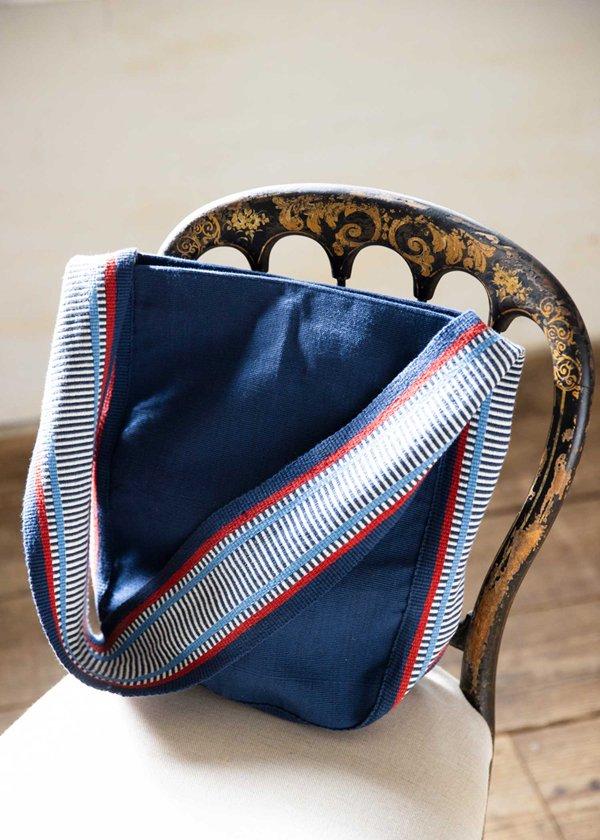 手織りバックストラップのベルト ショルダーバッグ フェアトレード
