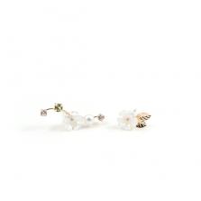 Peridot & Flower Asymmetry Pierce | K10YG