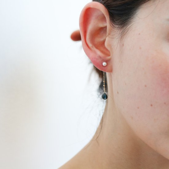 Pearl & London Blue Topaz Catch Pierce | K10YG