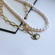 Pearl &  Chain Layered Necklace