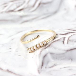 Pearl Hug Ring | K10YG