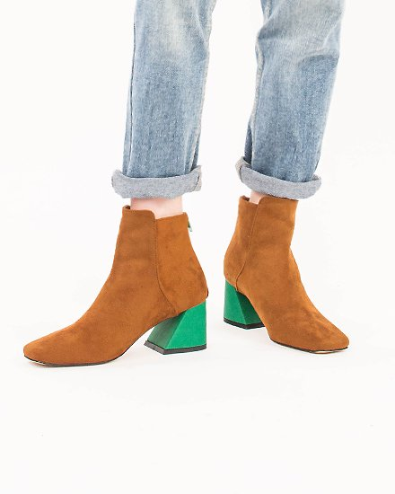 BI-COLOR  FAKE SUEDE BOOTS