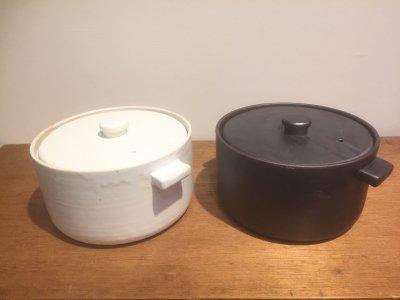 石川哲生さんの土鍋(黒・白) 5合焚き