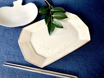 シンプルで汚れがつきにくい長方皿 小 古谷浩一さんの器