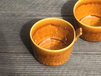 石川哲生さん(三重県)の片手カップ 飴釉 小 汚れ防止の撥水加工