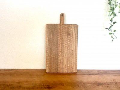 小澤賢一さんの胡桃のカッテングボード(M、彫有り)