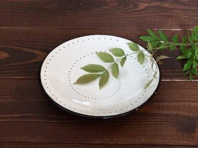 小石原焼 鶴見窯 5.5寸皿(白・ドット・フチ黒)