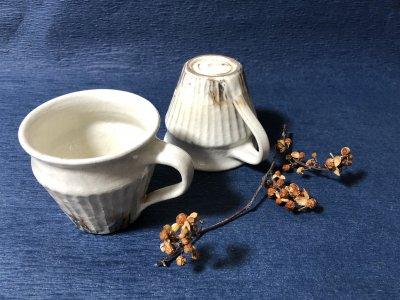 温かみのある鉄散 しのぎマグカップ